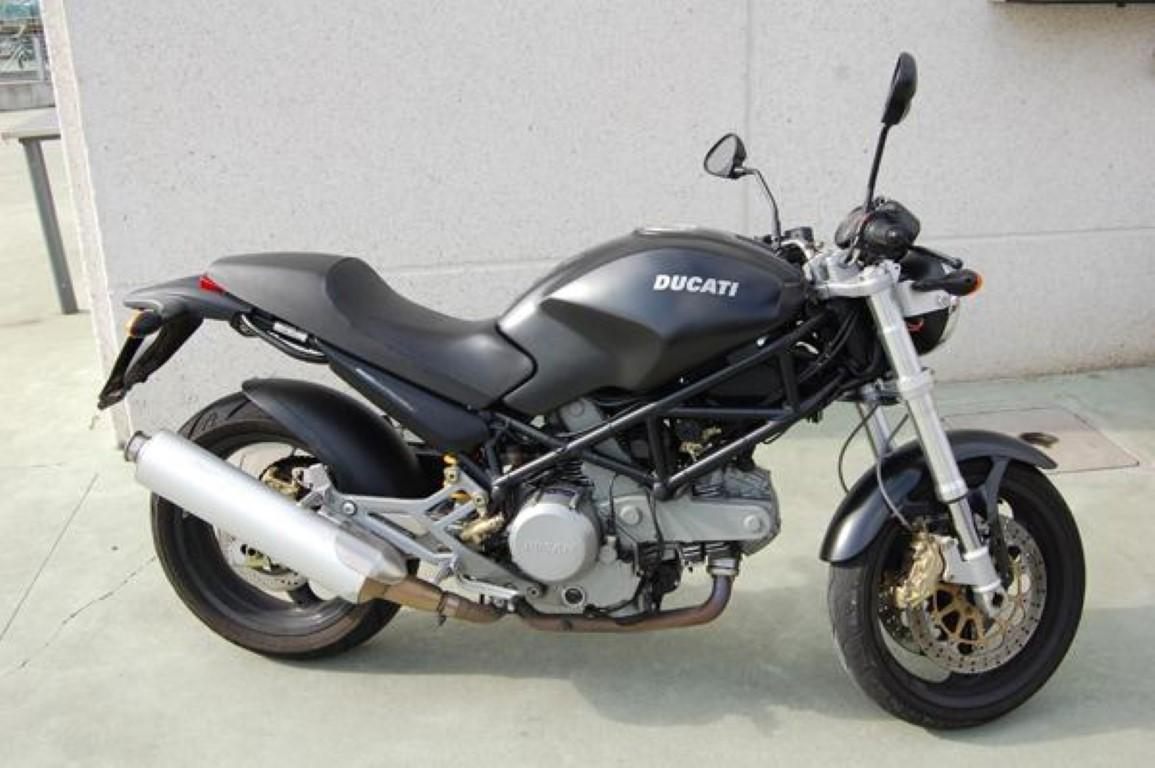 Ducati 620 Monster i.e. Dark