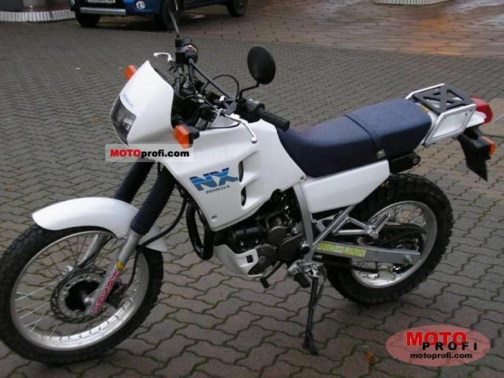 Honda NX 250 (reduced effect)