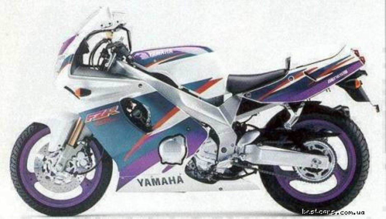Yamaha FZR 600 (reduced effect 2)